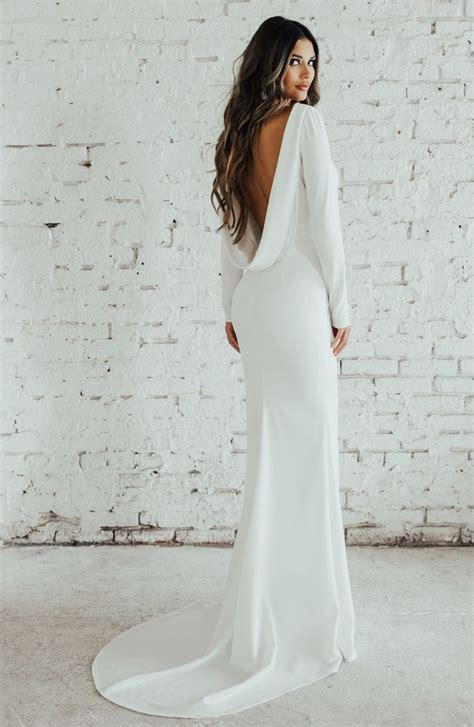 20 Simple Fall Wedding Dresses for the Bride | Who What Wear