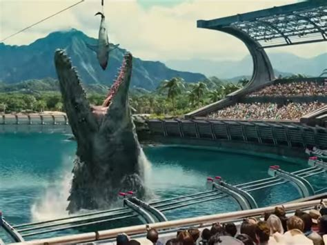 Jurassic World: New trailer airs during Super Bowl ft