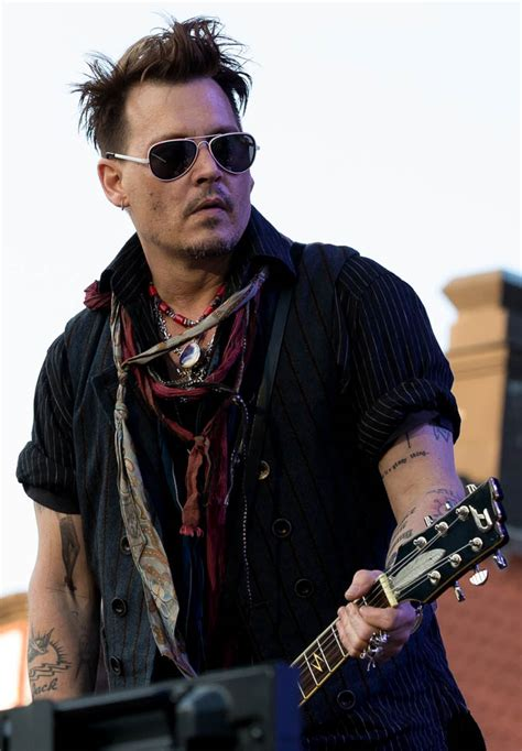 Johnny Depp's security sources protecting the meal ticket